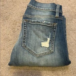 Daytrip distressed skinny size 25
